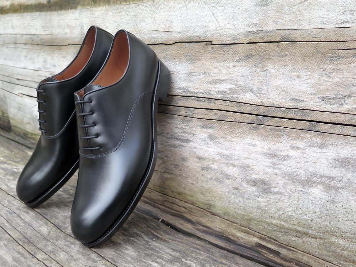 4515 - Forme ronde - Box-calf noir - Annonay