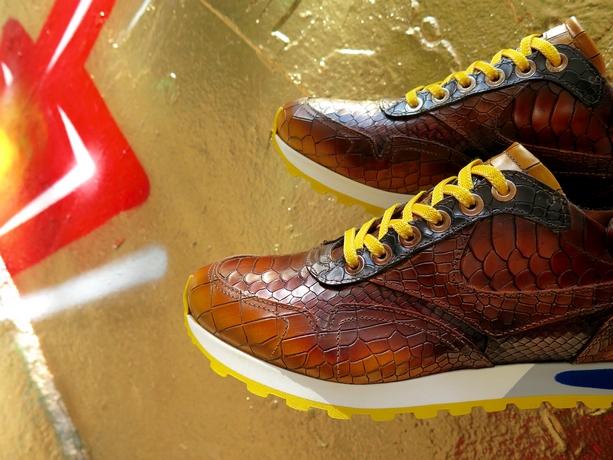 PJ Sneakers